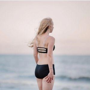 Nettle's Tale Kaycee swimsuit bikini bottom, black